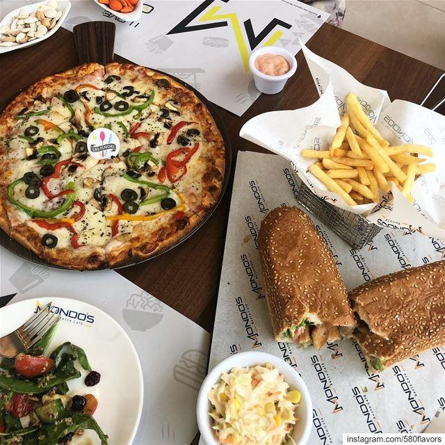 A tasty spread at my fav restaurant 😍😍 @mondosrestaurant zgharta ...... (Mondo's resto-café)