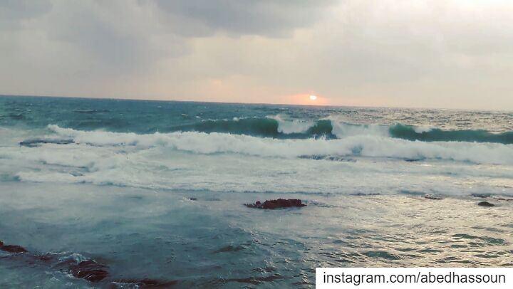 🌊🌅🌊.............. Tripoli Lebanon waves ElMina Mina ... (Tripoli, Lebanon)