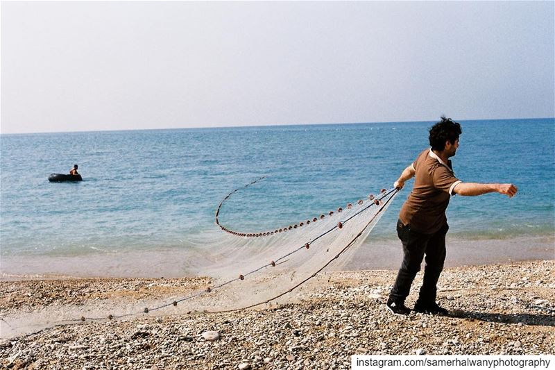Aiming for the catch!....walk on the beach and click yourshot with my ...