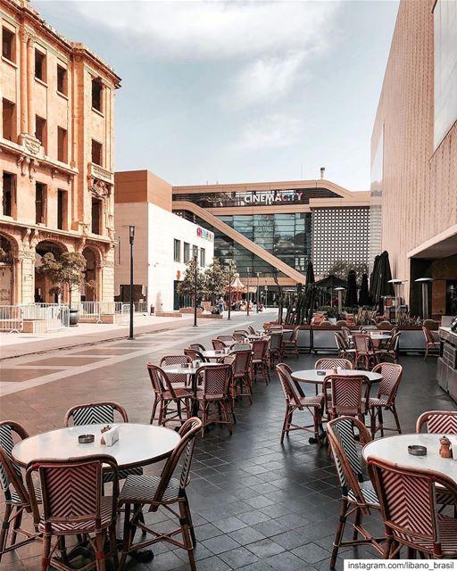 🇱🇧🇧🇷 Sexta-feira em Beirute? A dica é um passeio pelo @beirutsouks, áre (Beirut Souks)