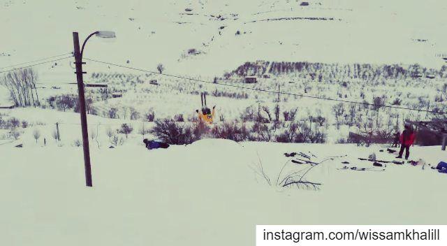 Powder day at chabrouh ❄️ faraya farayalovers backflip ... (Faraya, Mont-Liban, Lebanon)