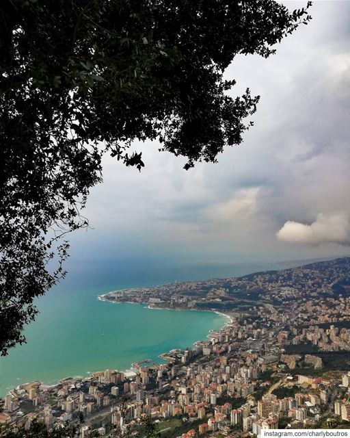 picoftheday sunday view naturephotography wintertime instaweather ... (Harîssa, Mont-Liban, Lebanon)