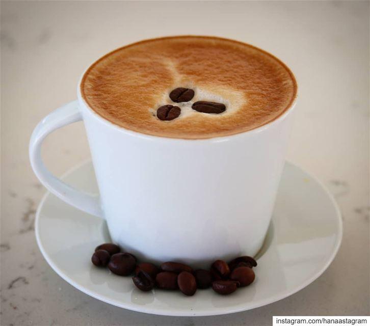 كوب قهوتي ، أكثر الأماكن الضيقة اتساعاً.... بعلبك روقان_تايم تصوير عدست