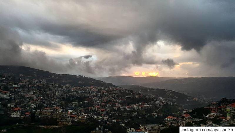 winterlove instawinter sunsetlover sunset photographylovers ... (Hasbayya, Al Janub, Lebanon)