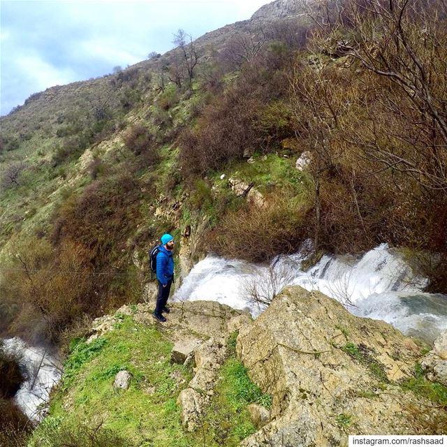 I ain't lost, just wandering round my hometown .... hiking ... (Hammana)