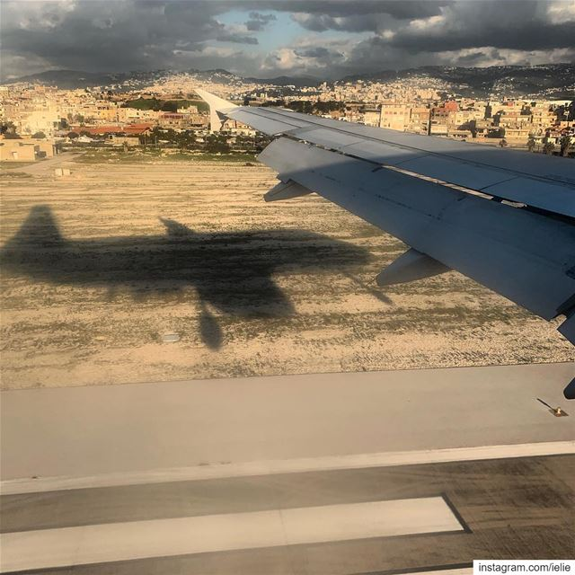 Touchdown shadow! Lebanon airport brhia BEY planespotter landing ... (Beirut–Rafic Hariri International Airport)