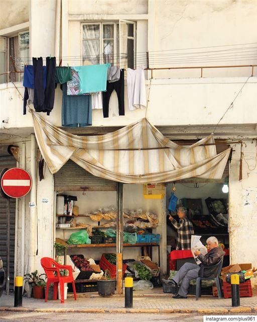 Monday rituals 📰 (Beirut, Lebanon)