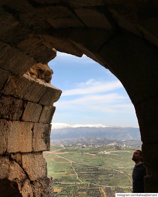 A wonderful view from the Beaufort Fortress in Arnoun/south of lebanon.... (Arnoûn, Al Janub, Lebanon)