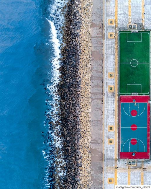 Football⚽ or Basketball🏀 ? 🌊... Saida football basketball sea ... (Saïda, Al Janub, Lebanon)