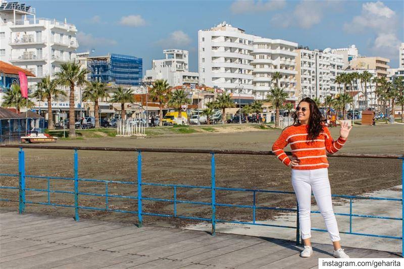 a ᴄʜaʀmɪnɢ ᴡᴏman ᴅᴏesn'ᴛ ғᴏʟʟᴏᴡ ᴛʜe ᴄʀᴏᴡᴅ. sʜe ɪs ʜeʀseʟғ 💫.......... (Larnaca, Cyprus)