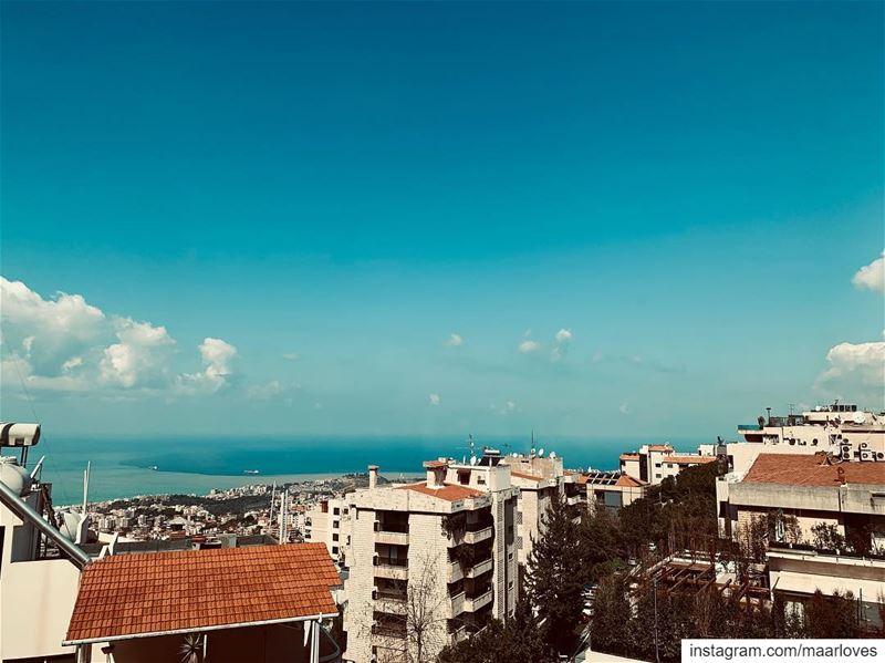 Sweetest days 🍓 beyrouth. . photography love paris lebanon spring ... (Er Râbié, Mont-Liban, Lebanon)