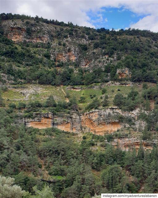 Swipe to teleport🗺🧭 myadventureslebanon mountaineering ... (Lebanon)