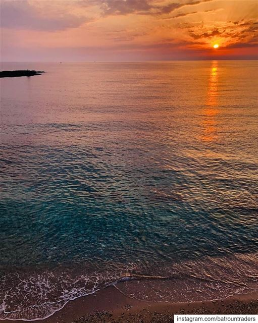 batroun sunset البترون_سفرة batrounbeach batrouncoast sea ... (Batroûn)