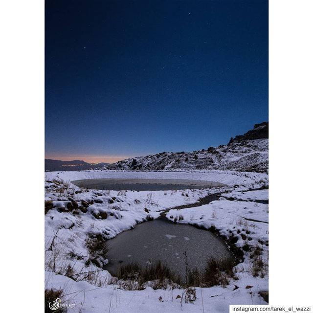 Looks like a question mark? canon6d nightphotography nightsky water ...