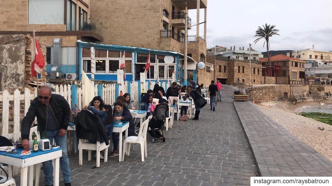 Weekend vibes at RAY's 😍 lebanon batroun raysbatroun bahsa beach ... (RAY's Batroun)