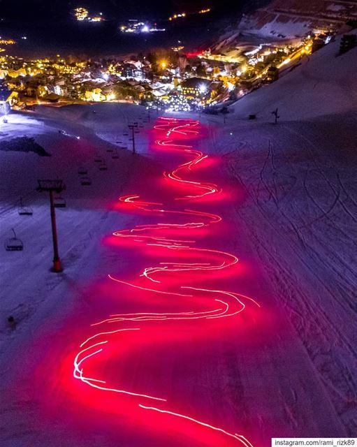 This is Lebanon ♥️✨... mzaar kfardebian lebanon fireworks snow ... (Mzaar Ski Resort Kfardebian)