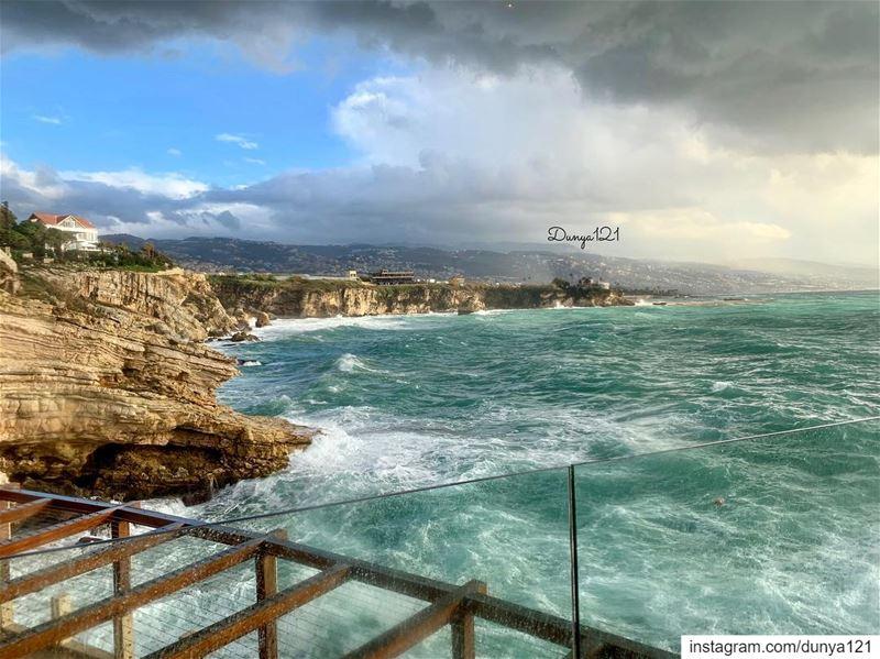 و كأنك اتيت على صورة اعتذار من الايام التي كنتُ فيها مشوشة ومضطربة لتكون ا (Beirut, Lebanon)