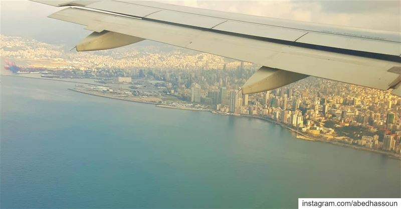 Landing in Beirut 🇱🇧 .............. beirut capital ... (Lebanon)