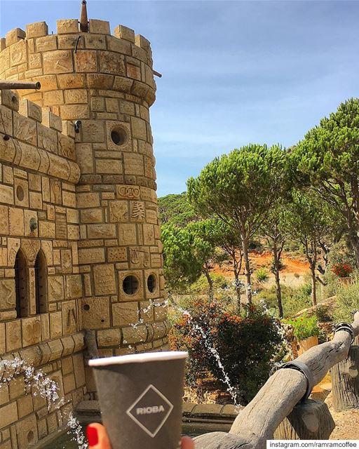 حضن الدماغ يكفله لك كوب من القهوة.... ramramcoffee turkishcoffee ... (Moussa castleقلعة موسى)