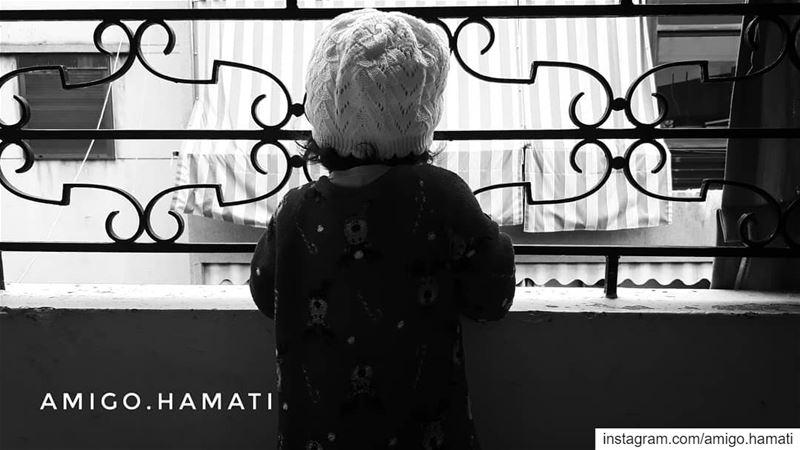 Street watch baby. baby beirut lebanon monochrome bnw... (Sinn Al Fil, Mont-Liban, Lebanon)