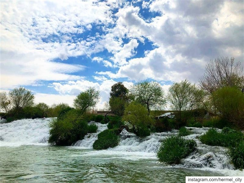 Happy weekend! Assiriver by @zeinabtueni hermel  hermel_city  bekaa ... (El Hermel, Béqaa, Lebanon)