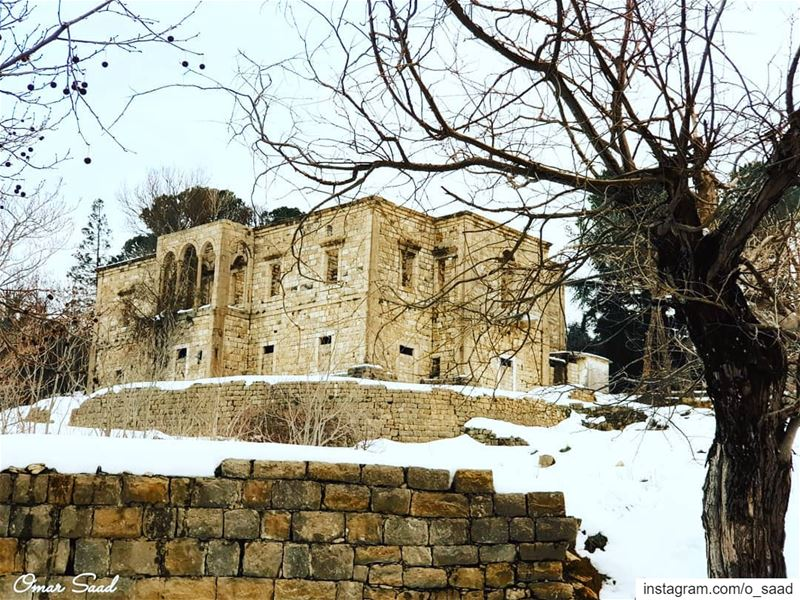 abandoned house abandonedbuilding winter cold home sawfar mountlebanon...