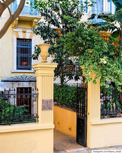 🇱🇧🇧🇷 O Albergo é muito mais do que um hotel cinco estrelas, situado em... (Hotel Albergo)