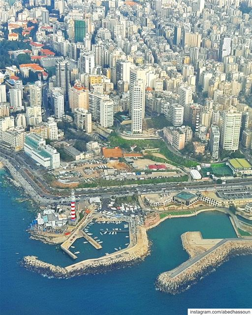 Flying above Beirut 🇱🇧 .............. beirut  capital ... (Beirut, Lebanon)