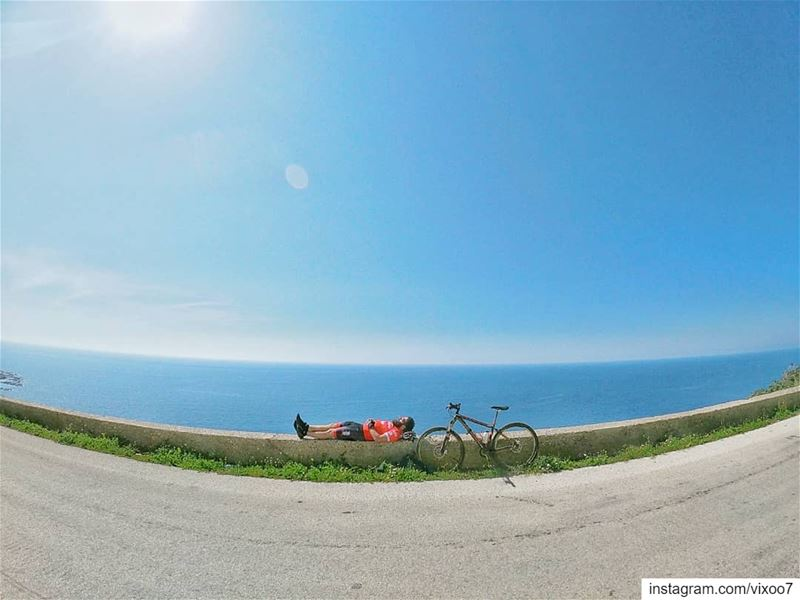 Bike, Sea and Sun🚴🐚☀.... cyclinglife cyclist roadbike cycling ... (Batroûn)