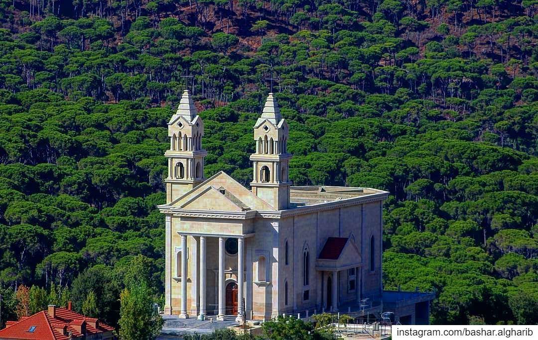 My Lebanon... lebanon beirut dubai egypt uae ksa kuwait oman ... (Lebanon)