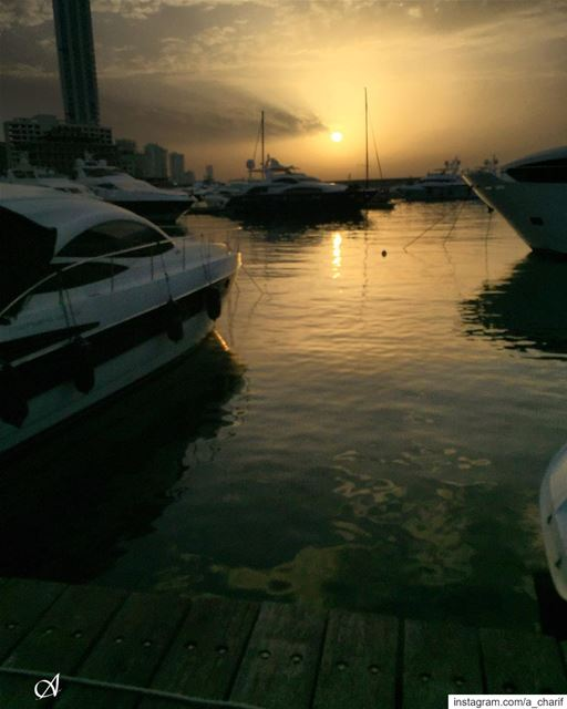 sunset sun sky cloud water sea reflection harbor boat ... (Beirut, Lebanon)