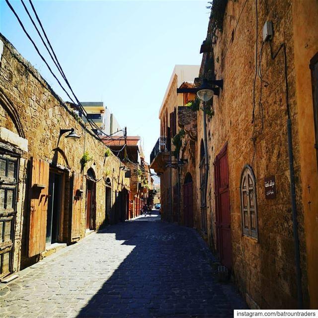 batroun old souk البترون_سفرة oldsouk oldcity heritage legacy ... (Batroûn)