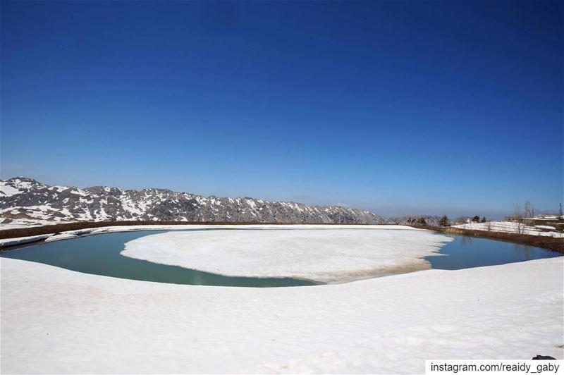 snow laklouk april springbreak lac blue sky lebanon snowwhite ...