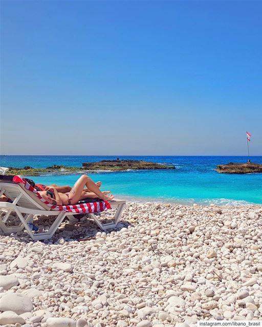 🇱🇧🇧🇷 Preparados para a temporada de verão no Líbano? Marquem quem vocês (Batroûn)