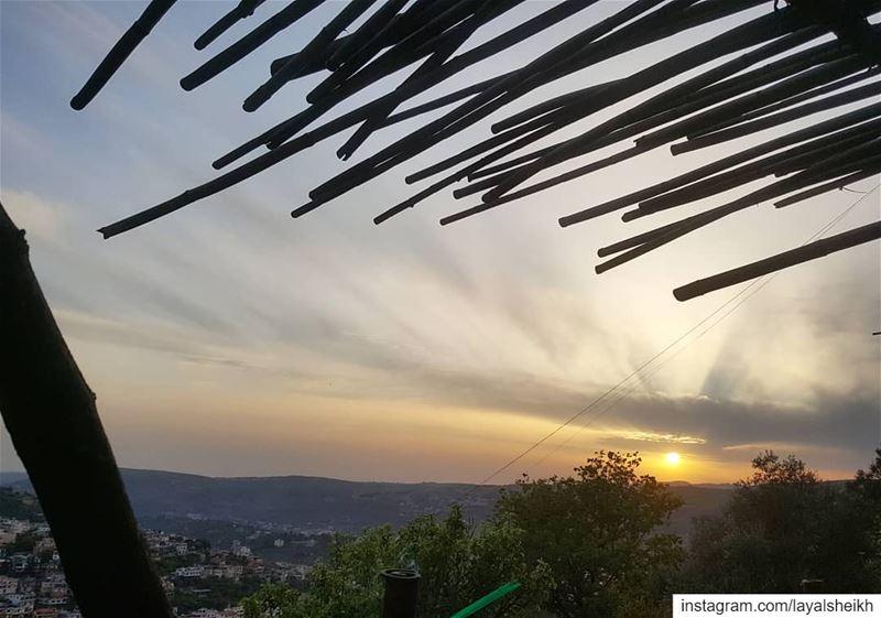 sunset_pics sunsetlover hasbayapictures livelovelebanon❤️ ... (Hasbayya, Al Janub, Lebanon)