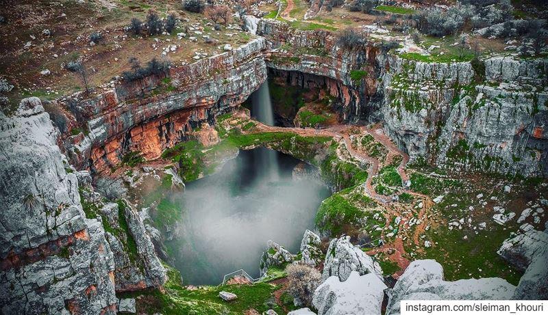 Gouffre des Trois Ponts , aka Baatara gorge waterfall - drops 255 metres -... (Baatâra, Mont-Liban, Lebanon)
