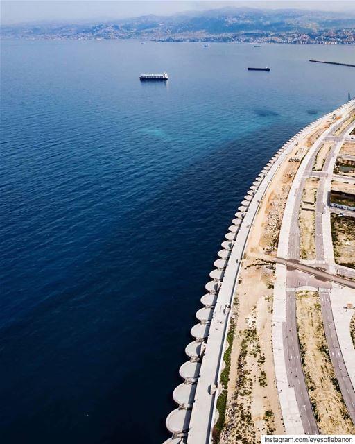 صباح الخير من بيروت Credits to @rabihzihri・・・Huge Curved Seawall -... (Beirut, Lebanon)