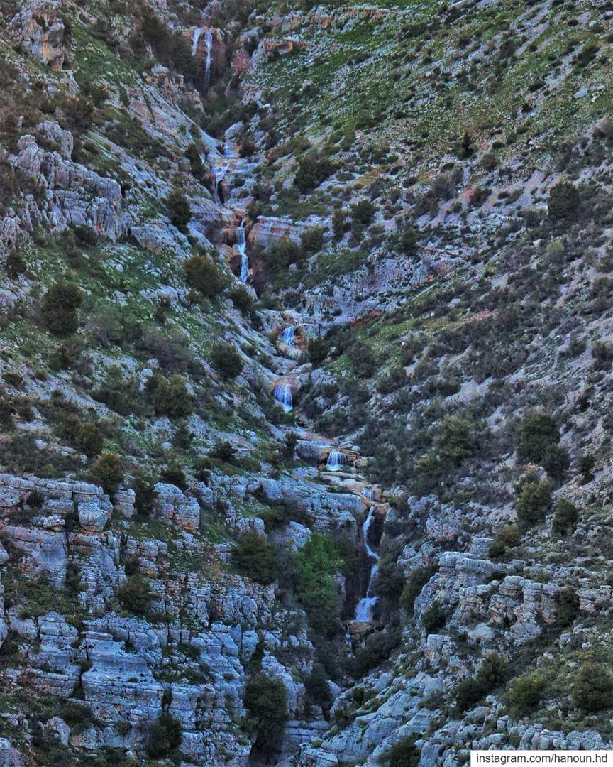 watercycle lifecycle waterfall waterfalls life falllife mountains ... (Lebanon)