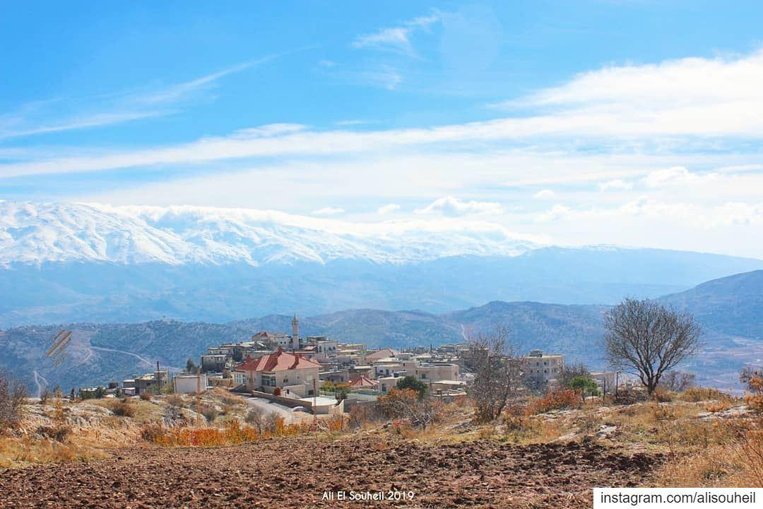 tb westernbekaa bekaa harmon mountains snow southlebanon clouds ... (Majdal Balhis, Béqaa, Lebanon)