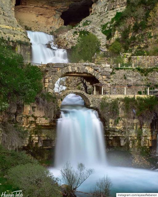 صباح الخير من أفقا Credits to @taleb9413・・・ insta_lebanon _ Colors... (Afka, Mont-Liban, Lebanon)