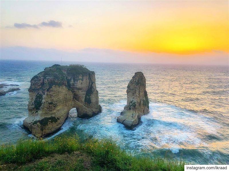 Beirut 🌅🧗🏻♀️ (Ar Rawshah, Beyrouth, Lebanon)