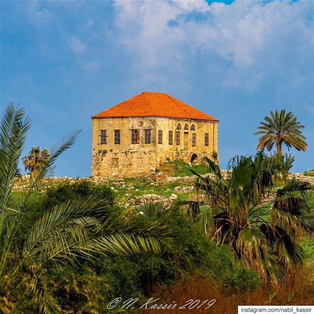 house stones ngconassignment Lebanon ig_great_shots ... (Jbail, Mont-Liban, Lebanon)