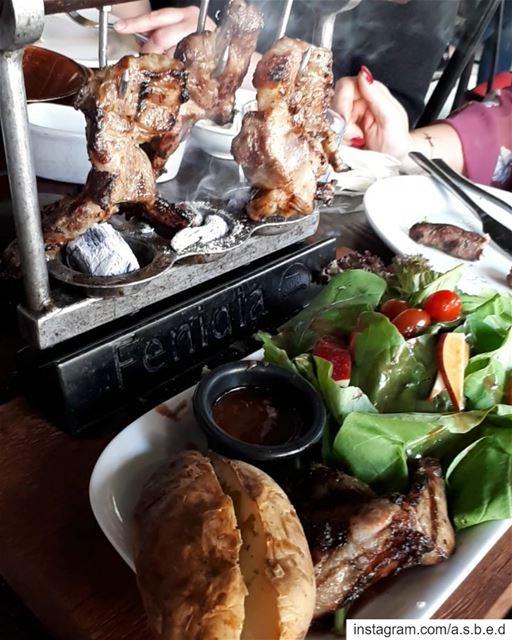 Can u resist?... lebanesefood lebaneserestaurant foodie foodpics ... (Byblos - Jbeil)