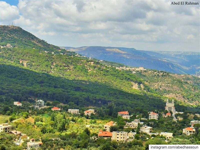 Jezzine district | قضاء جزينSwipe 👉🏻.................. (Jezzîne, Al Janub, Lebanon)