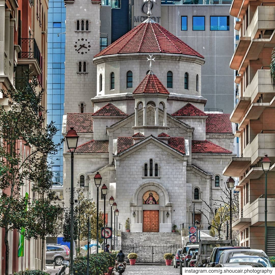 كاتدرائية القديسين غرغوريوس المنور والياس النبي للارمن الكاثوليك_____🔴⚪⚪� (Saifi village)