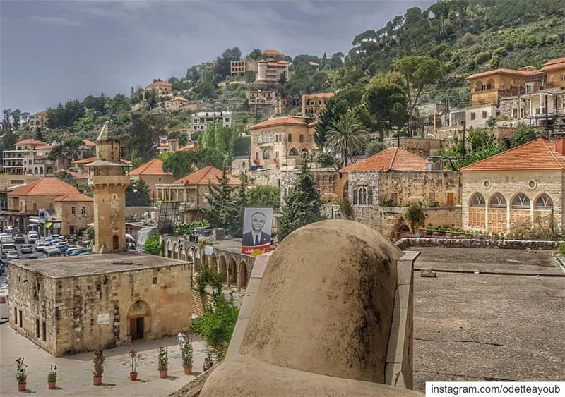 ptk_lebanon super_lebanon livelovelebanon wearelebanon ... (Deïr El Qamar, Mont-Liban, Lebanon)