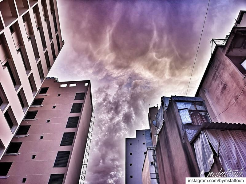 Bursting sky..  thursday  igers  instagramers  whatsuplebanon  mylebanon ...