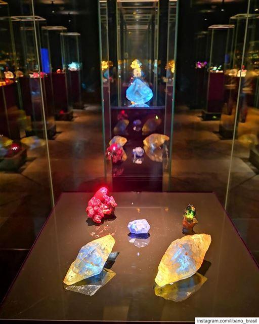 🇱🇧🇧🇷 O MIM (Museu do Mineral) é um museu privado em Beirute, no Líbano, (Mim Museum)