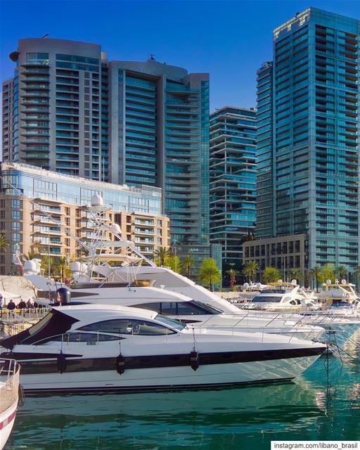 🇱🇧🇧🇷 Esqueça Dubai! Beirute tem a marina mais bonita do Oriente Médio,... (Zaitunay Bay)