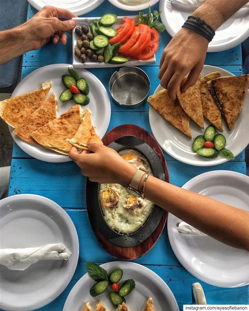 Rise and shine with the best breakfast 😍@raysbatroun offers one of the... (RAY's Batroun)